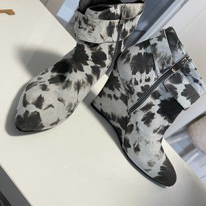 Cow Hide Pattern Wedge Booties | Size 39.5